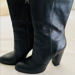 Saks Fifth Ave black boots size 6.5
